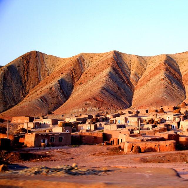 روستا در جاده تبریز