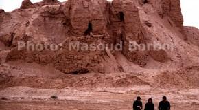 کاوش در محمدآباد قم حیاتی است: قلعه اشکانی را به حفاران واگذار کردهاند