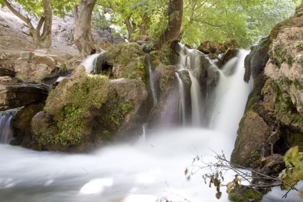 دفن آبشـار آتشگاه در آب با احداث سد خرسان ۳