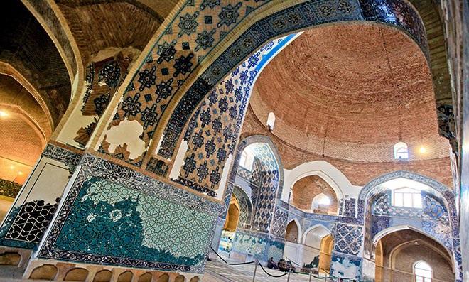 دادستان تبریز: آسیبها به مسجد کبود را پیگیری قانونی میکنیم